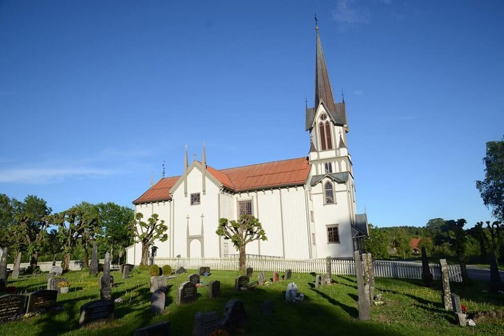 Bamble Kirke 1024x683 1024x683